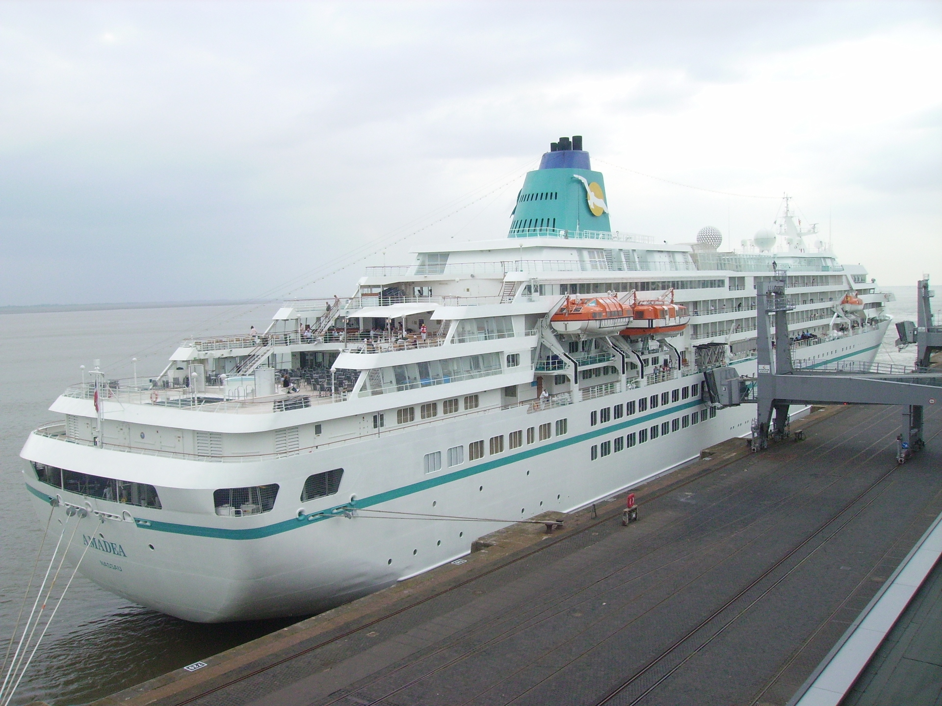 Traveling Cheaply  Cruise Ship Repositioning Air