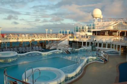 cruiseship-deck1.jpg